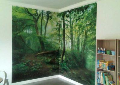Fabric walls and wallpaper